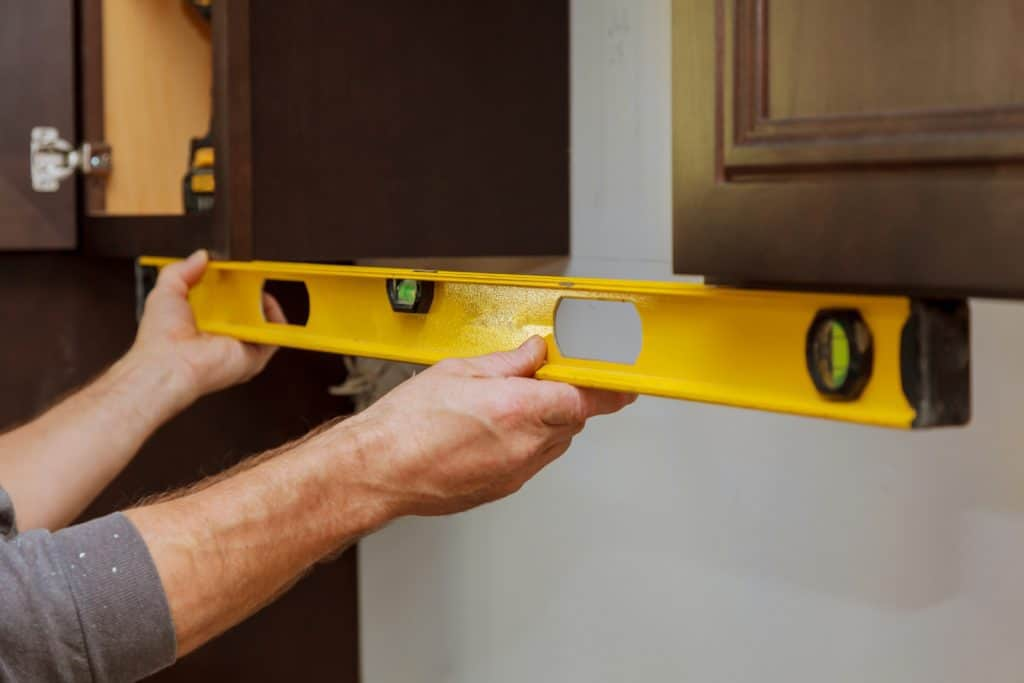Why Installing Kitchen Wall Units Should Be Left To Professionals