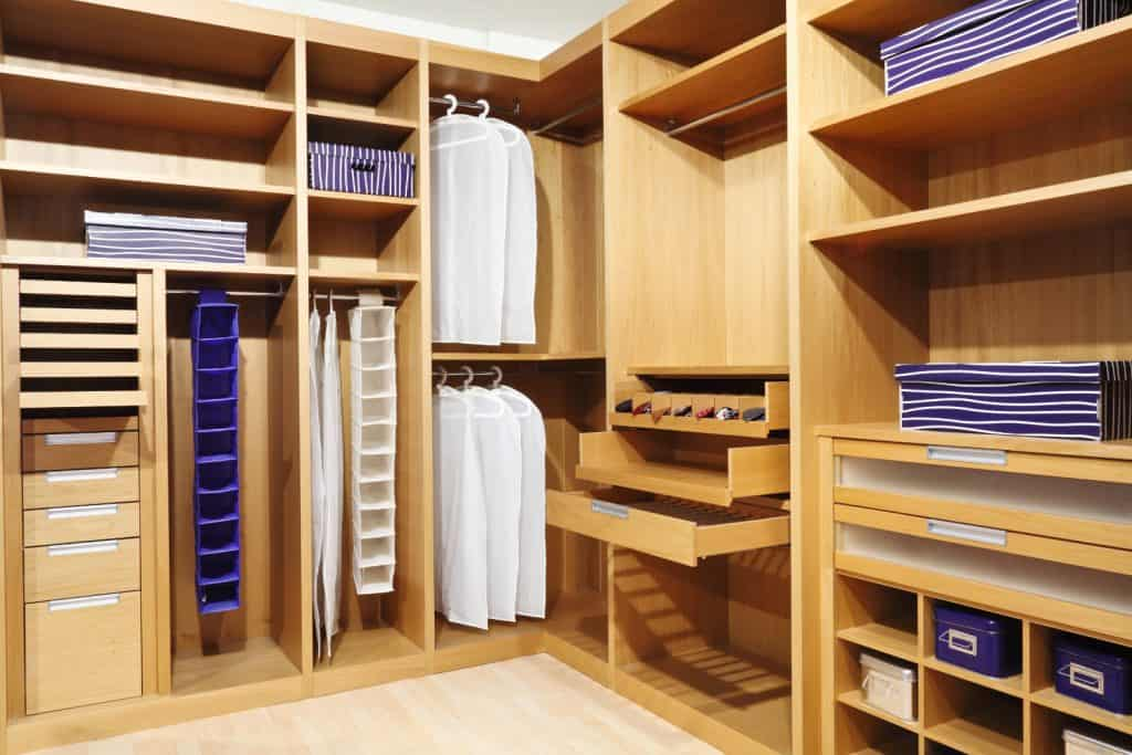 Types of Closet and How to Choose the Best One