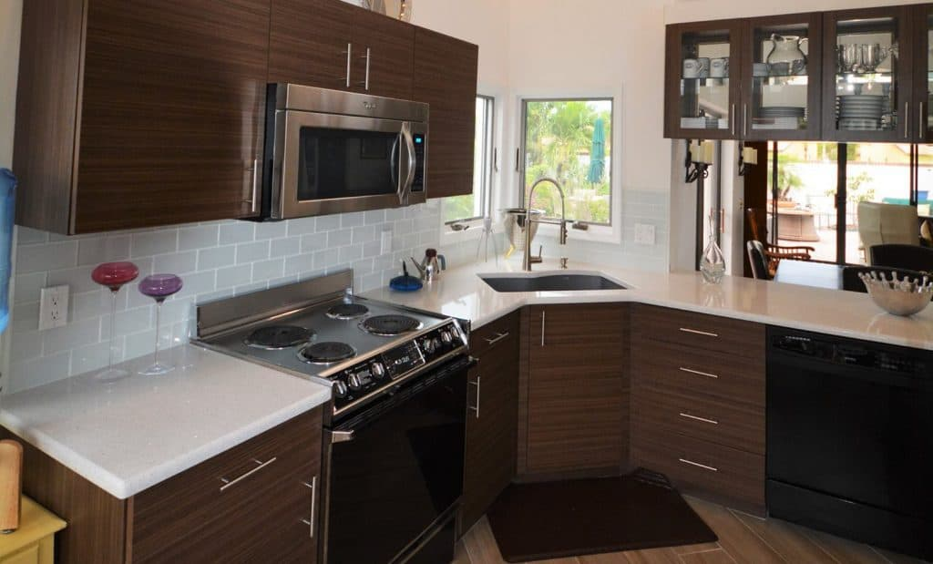 5 Corner Kitchen Cabinet Ideas for Homeowners