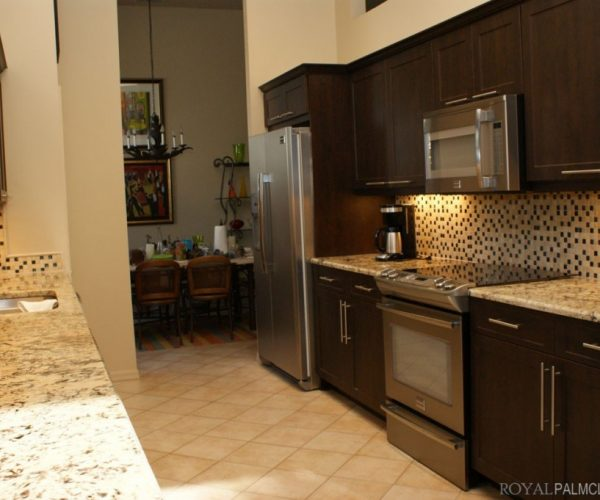 Custom-Kitchens-and-Cabinetry-6-1024x681