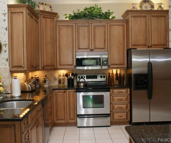 Custom-Kitchens-and-Cabinetry-7