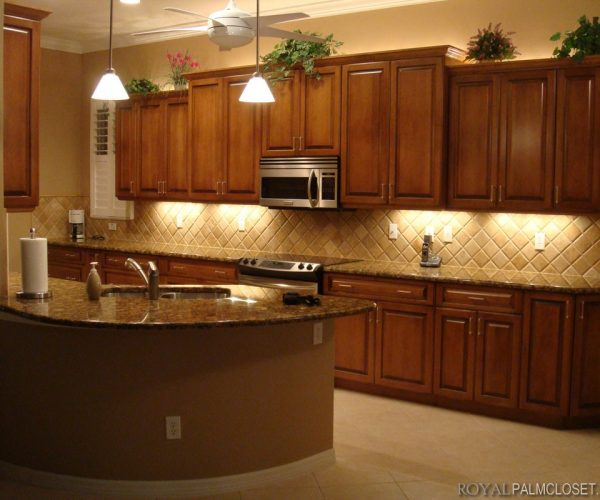 Custom-Kitchens-and-Cabinetry-9