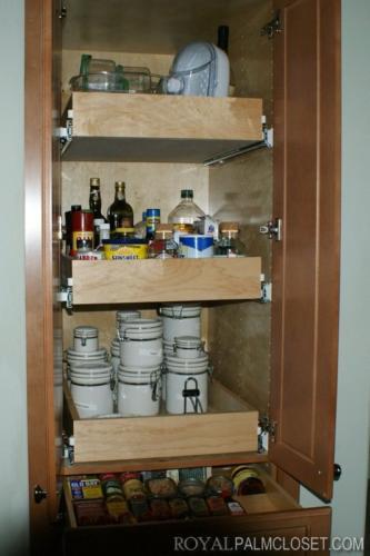 Custom-Pantry-Closets-4
