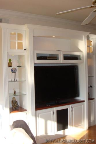Custom-Wall-Units-and-Entertainment-Centers-1