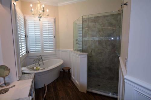bathroom-royal-palm2